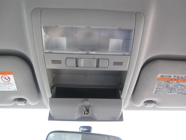 「トヨタ」「プリウス」「セダン」「徳島県」の中古車47