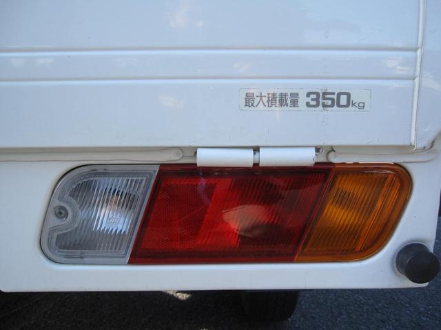 Vタイプ 5速MT 2WD 走行距離1万キロ FM/AMラジオ エアコン パワステ(19枚目)