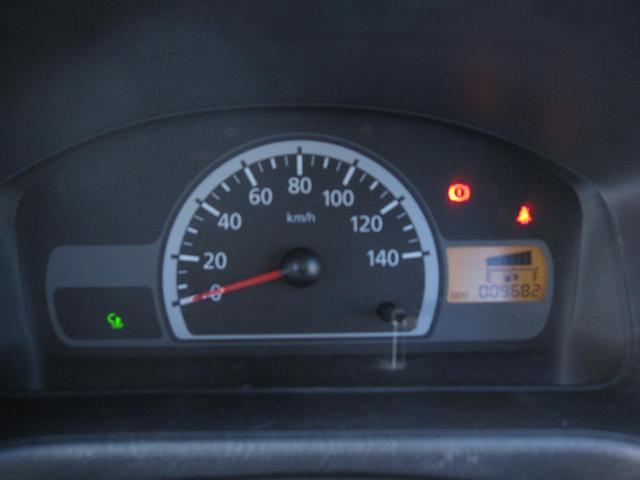 Vタイプ 5速MT 2WD 走行距離1万キロ FM/AMラジオ エアコン パワステ(25枚目)