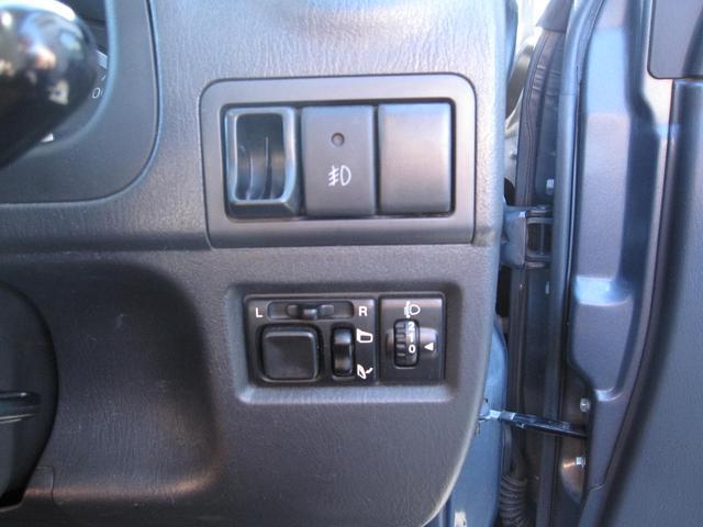 ランドベンチャー CDオーディオ シートヒーター 4WD 革シート キーレス(31枚目)