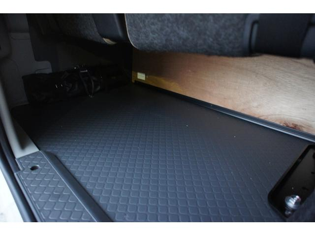 LXターボ 25人乗 ディーゼルターボ 社外ナビ バックカメラ 運転席レカロシート(15枚目)