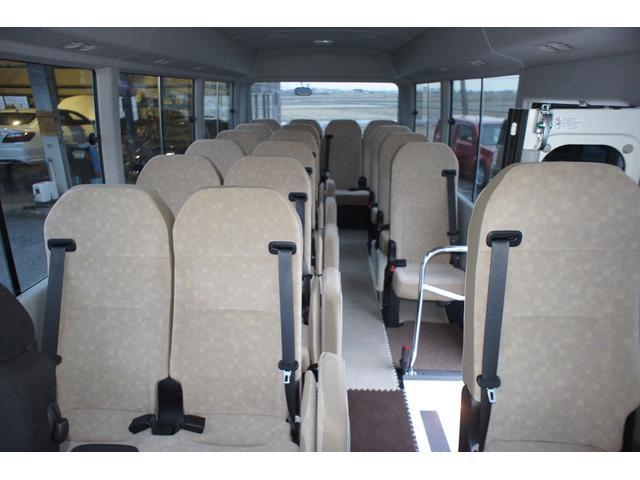 LXターボ 25人乗 ディーゼルターボ 社外ナビ バックカメラ 運転席レカロシート(17枚目)