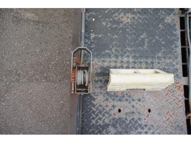 積載車 2t ディーゼル ポータブルナビ ETC ウインチリモコン付 リヤ塗装仕上げ(17枚目)