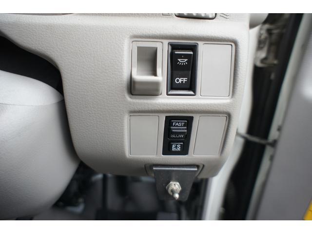 積載車 2t ディーゼル ポータブルナビ ETC ウインチリモコン付 リヤ塗装仕上げ(24枚目)