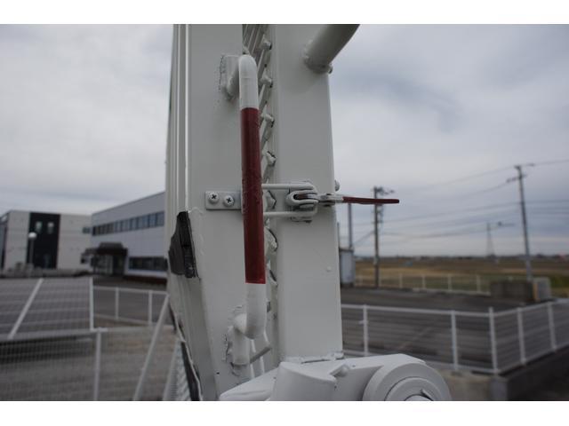 積載車 2t ディーゼル ポータブルナビ ETC ウインチリモコン付 リヤ塗装仕上げ(36枚目)