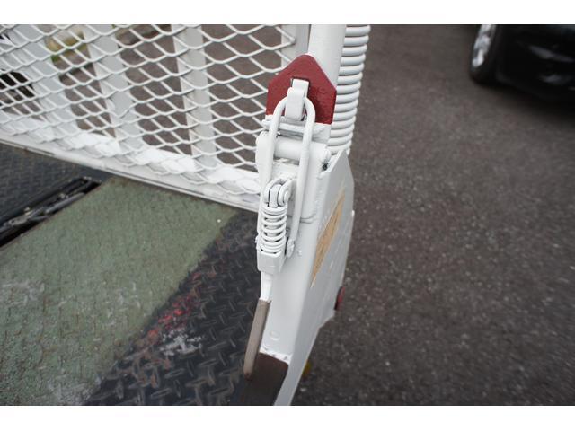 積載車 2t ディーゼル ポータブルナビ ETC ウインチリモコン付 リヤ塗装仕上げ(37枚目)