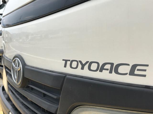 2t 10尺 トラック ガソリン車 MT(7枚目)