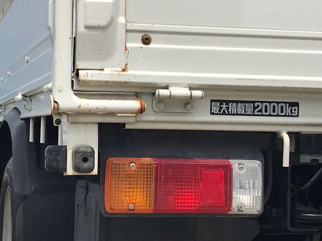 2t 10尺 トラック ガソリン車 MT(11枚目)