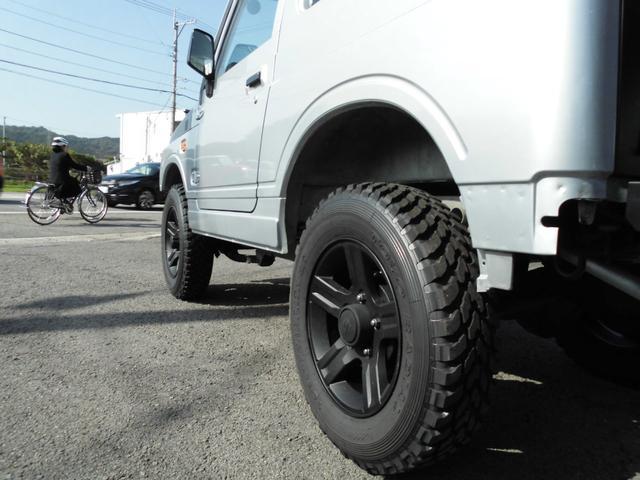 ランドベンチャー オリジナルツートンルーフ・2インチリフトアップ・5速MT・新品トランパスMTタイヤ・マッドブラック塗装JB23用AW・Fスチールパイプバンパー・Rスチール角バンパー・LEDテール・LEDライセンス(14枚目)