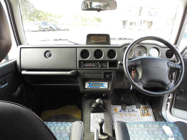ランドベンチャー オリジナルツートンルーフ・2インチリフトアップ・5速MT・新品トランパスMTタイヤ・マッドブラック塗装JB23用AW・Fスチールパイプバンパー・Rスチール角バンパー・LEDテール・LEDライセンス(18枚目)