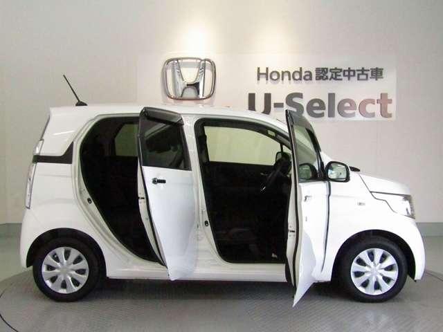 """Hondaがずっとこだわってきたことは、""""メカのスペースをコンパクトに、人と暮らしのためのスペースを、1ミリメートルでも広く。""""HONDAのクルマは車内広々設計!!"""