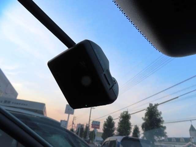 e:HEVクロスター Mナビ・Rカメラ・センシング・LED・VSA(4枚目)