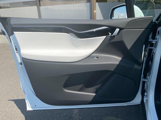 「テスラ」「モデルX」「SUV・クロカン」「香川県」の中古車28