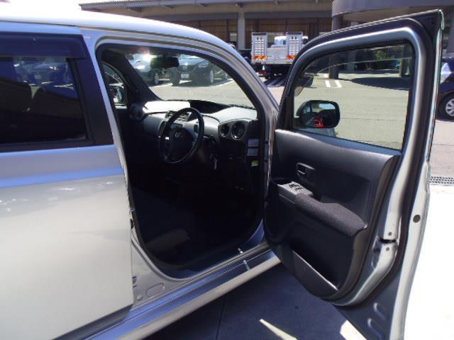 トヨタ bB Z Xバージョン