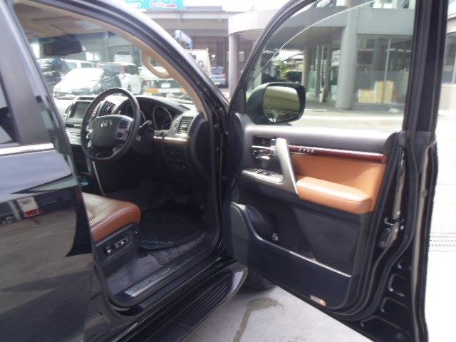 トヨタ ランドクルーザー ZX ブルーノクロス サンルーフ クールボックス Fモニター