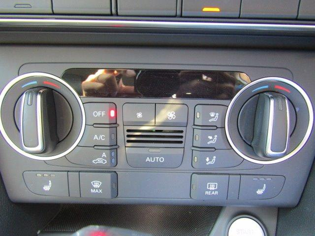 「アウディ」「アウディ Q3」「SUV・クロカン」「香川県」の中古車41