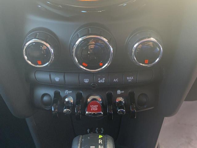 「MINI」「MINI」「コンパクトカー」「香川県」の中古車31