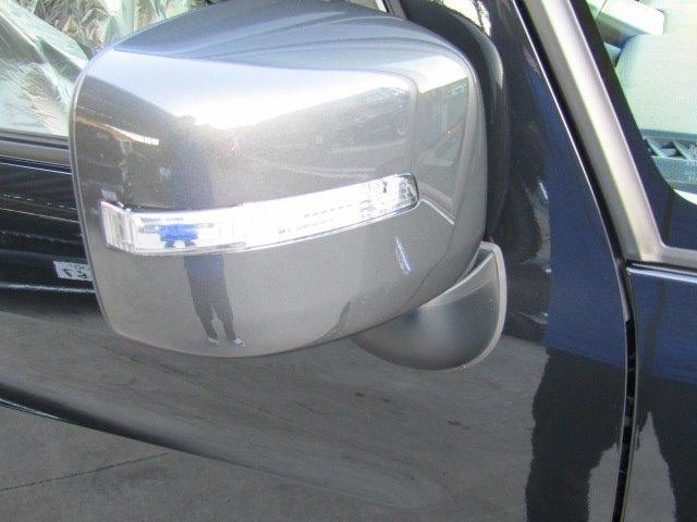 ハイブリッドXZ 届出済未使用車 両側電動スライドドア(8枚目)