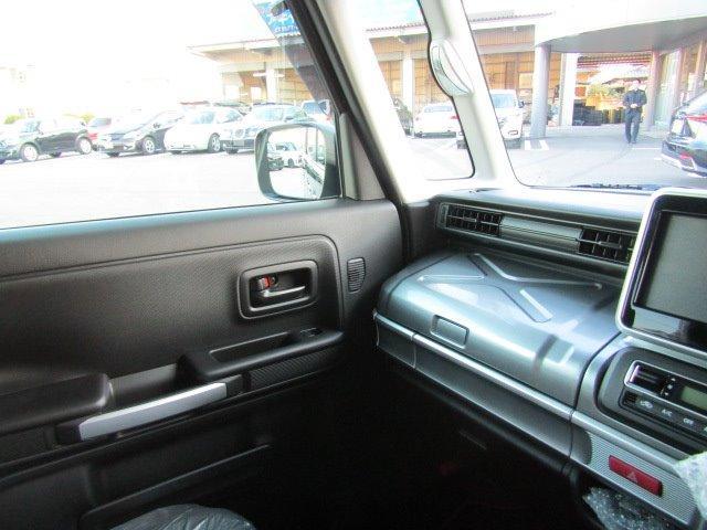 ハイブリッドXZ 届出済未使用車 両側電動スライドドア(18枚目)