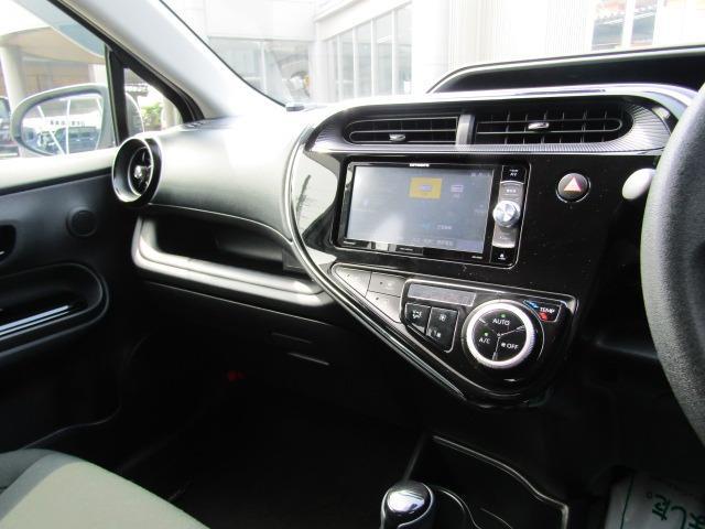 Sスタイルブラック カロッツェリア7型ワイドナビ ETC トヨタセーフティーセンス オートライト プッシュスタート スマートキー ステアリングスイッチ(15枚目)