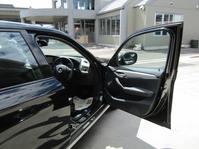 sDrive 18i xライン ハイラインPKG 黒革シート 前席パワーシート シートヒーター カロッツェリア7型ナビ ドラレコ HIDヘッドライト スマートキー 地デジチューナー(7枚目)
