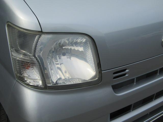 車検対応のLEDヘッドライトやHIDヘッドライト等の各種カスタムも承っております!お気軽にご相談ください♪!