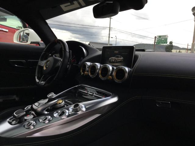 メルセデスAMG GT