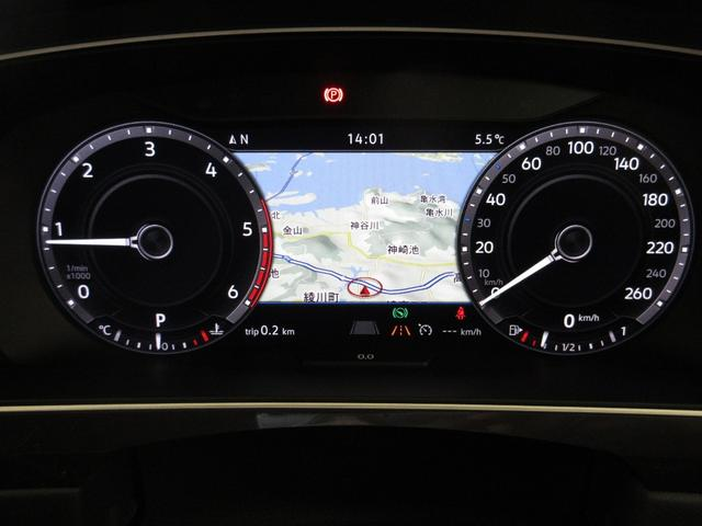 TDI 4モーション Rライン ブラックスタイル 認定中古車 ワンオーナー 禁煙車(17枚目)