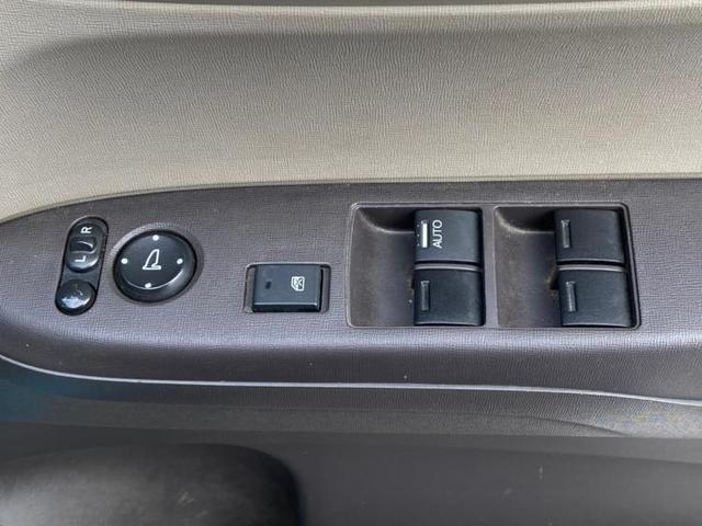 G・Lパッケージ ヘッドランプ HID/ETC/EBD付ABS/横滑り防止装置/アイドリングストップ/エアバッグ 運転席/エアバッグ 助手席/パワーウインドウ/キーレスエントリー/オートエアコン/パワーステアリング(13枚目)