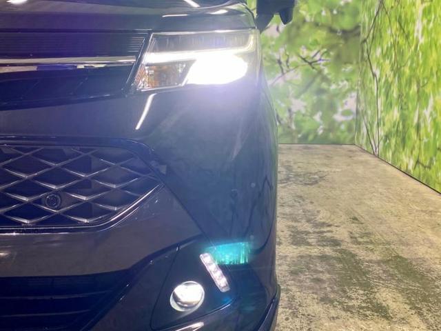 カスタムG 両側電動スライドドア ABS 衝突安全ボディ エンジンスタートボタン オートライト FF セキュリティアラーム ヘッドランプ LED EBD付ABS 横滑り防止装置 アイドリングストップ(17枚目)