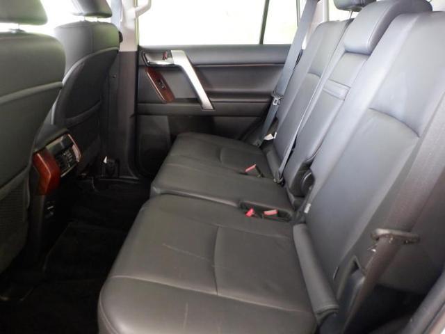 TX Lパッケージ 純正 メモリーナビ/シート フルレザー/ヘッドランプ LED/ETC/EBD付ABS/横滑り防止装置/TV/エアバッグ 運転席/エアバッグ 助手席/エアバッグ サイド/アルミホイール 革シート 4WD(7枚目)
