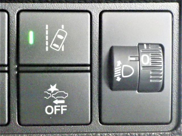 L・ターボホンダセンシング 駆動FFアルミホイール純正ヘッドランプLEDアイドリングストップパワーウインドウエンジンスタートボタンキーレスオートエアコンシートヒーター前席ベンチシートパワステオートライト(15枚目)