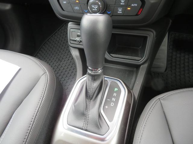 リミテッド レネゲード リミテッド ETC バックモニター TV Bluetooth接続 ナビ レザーシート 認定中古車保証 ターボ付き パワーシート LED ワンオーナー(14枚目)