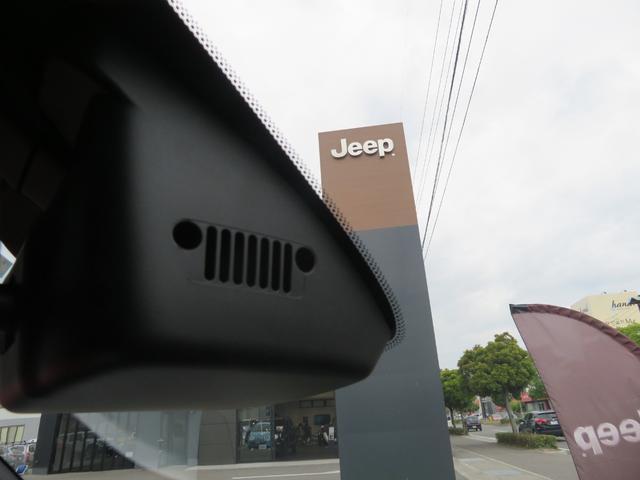 リミテッド レネゲード リミテッド ETC バックモニター TV Bluetooth接続 ナビ レザーシート 認定中古車保証 ターボ付き パワーシート LED ワンオーナー(22枚目)