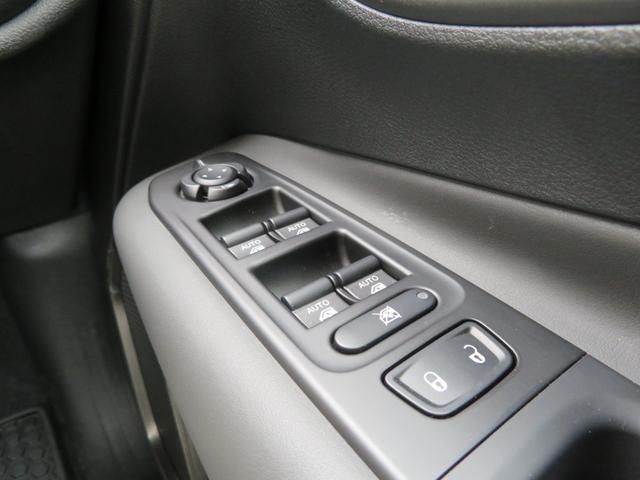 リミテッド レネゲード リミテッド ETC バックモニター TV Bluetooth接続 ナビ レザーシート 認定中古車保証 ターボ付き パワーシート LED ワンオーナー(24枚目)