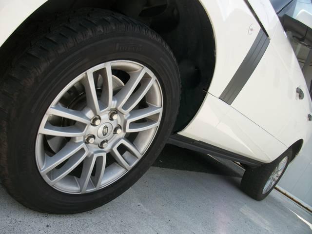 V8 本革SR純正ナビ 走行無制限12ヶ月保証付(5枚目)