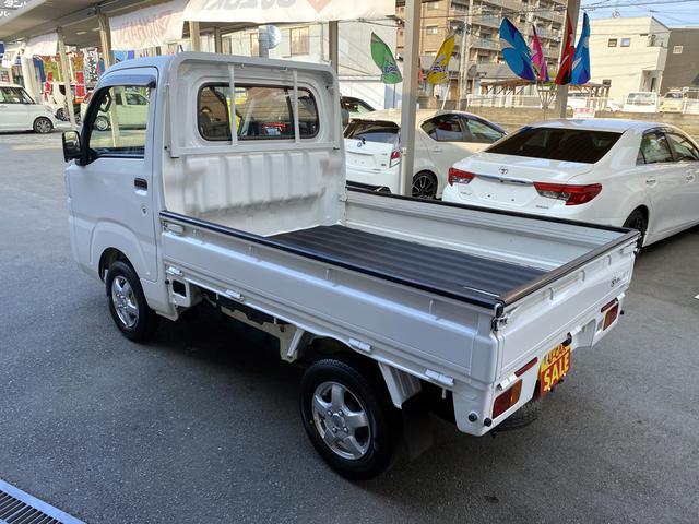 スタンダード 4WD 5M/T エアコン パワステ(5枚目)