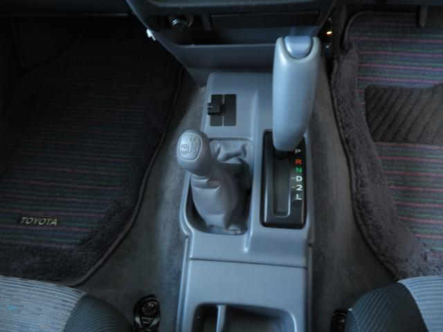 「トヨタ」「ハイラックススポーツピック」「SUV・クロカン」「高知県」の中古車13