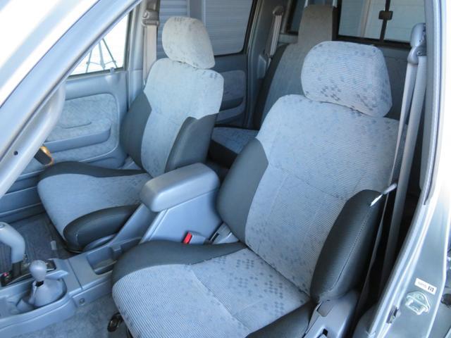 「トヨタ」「ハイラックススポーツピック」「SUV・クロカン」「高知県」の中古車16