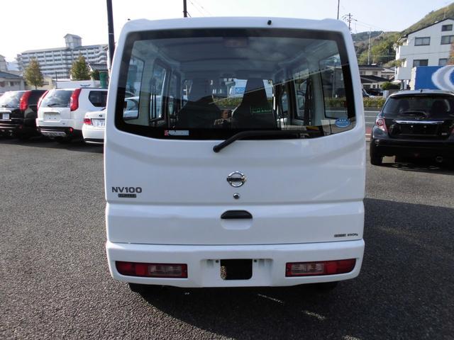 日産 NV100クリッパーバン DX ワンオーナー 5速 ETC