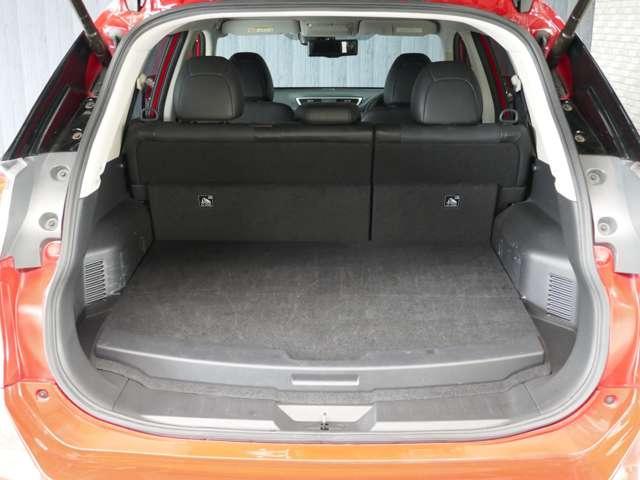 2.0 20X ハイブリッド エマージェンシーブレーキパッケージ 4WD Nissan Connectナビ(17枚目)
