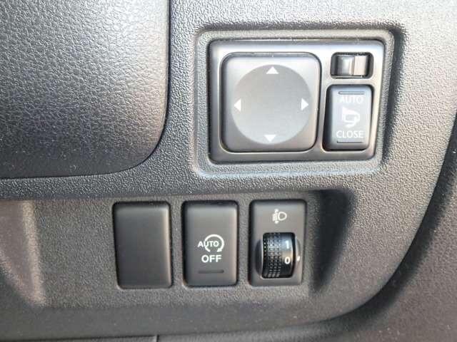 12X インテリキー ナビ バックモニター 1年保証 ワンオーナー 禁煙車 ETC アイドリングストップ ワンセグTV(7枚目)