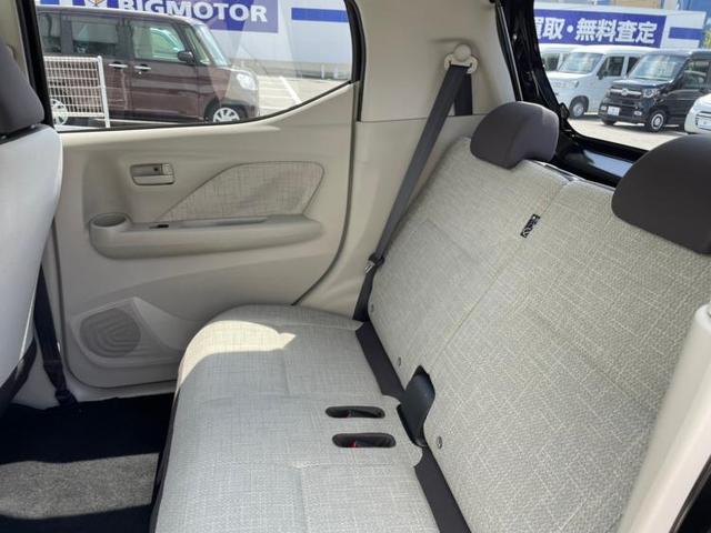 S キーレス/ABS/横滑り防止装置/アイドリングストップ/エアバッグ 運転席/エアバッグ 助手席/エアバッグ サイド/パワーウインドウ/キーレスエントリー/パワーステアリング/盗難防止システム(6枚目)
