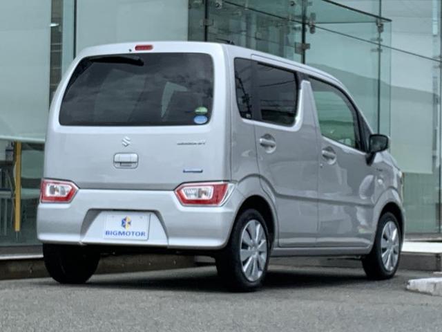 FX キーレス/EBD付ABS/横滑り防止装置/アイドリングストップ/エアバッグ 運転席/エアバッグ 助手席/パワーウインドウ/キーレスエントリー/オートエアコン/シートヒーター 前席/パワーステアリング(3枚目)