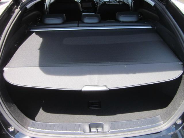 ★トノカバーを引き出せば、ご覧の通り、下側は隠れます。車外からは見えなくなりプライバシーを保護するだけでなく強い日差しからも荷物を守れます★