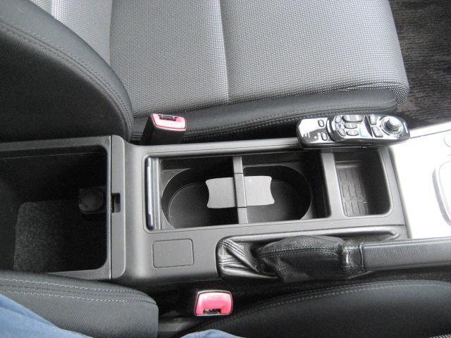 スバル レガシィB4 3.0R 禁煙車 17インチアルミ
