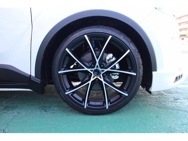 トヨタ C-HR G ZEUSカスタムコンプリート 車高調 20インチアルミ
