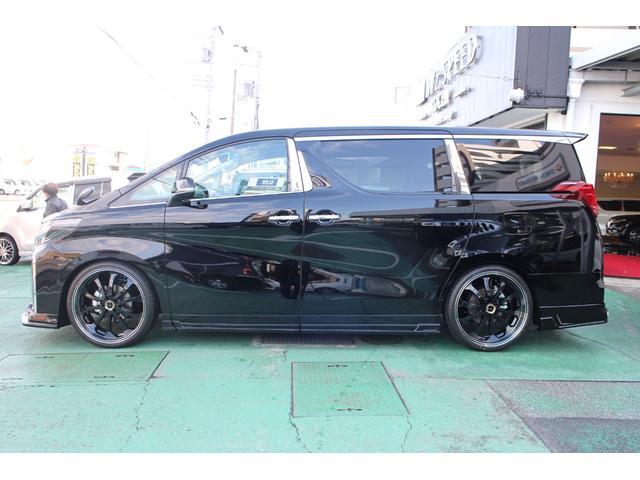 新車ベースのコンプリートカーなので、お車のカラー・グレード等を一からお選び頂けます