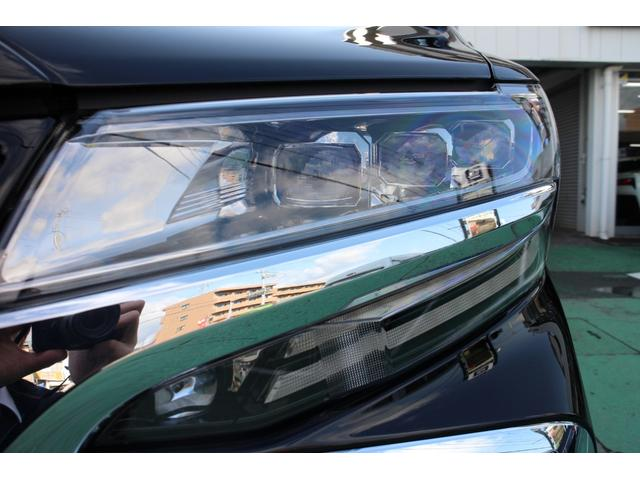 3眼LEDヘッドライト+シーケンシャルターンランプ