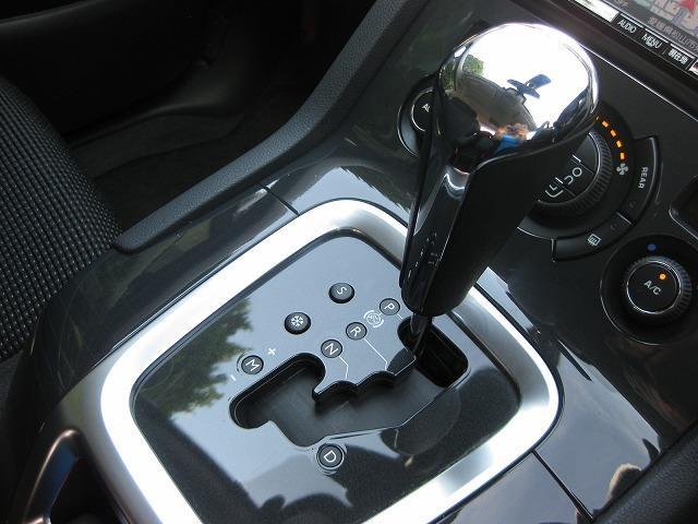 プジョー プジョー 5008 ワンオーナー フリップダウンモニター バックモニター